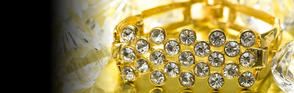 Gouden ringen met zirkonia's