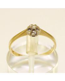 Gouden verlovingsring met diamant