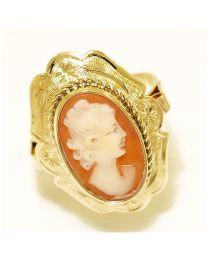 Gouden ring met Camee