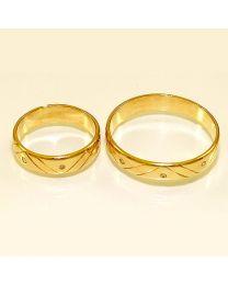Gouden trouwringen met diamanten - maat 16 en 21.75 mm