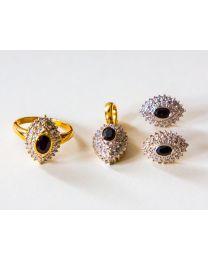 Gouden sieraden set: ring + hanger + oorbellen met diamant en saffier