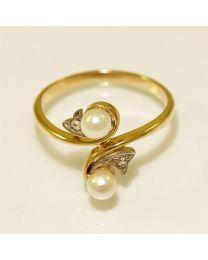 Antiek gouden ring met diamanten