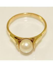 Gouden ring met Parel en Diamant