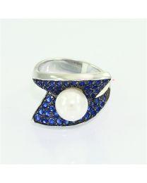 Zilveren ring met Parel en Zirkonia
